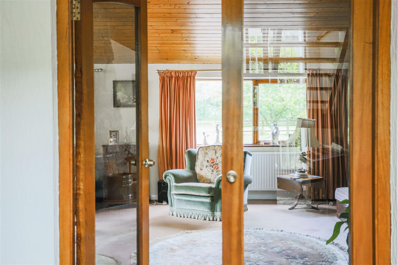 5 Bedroom Farmhouse For Sale - 17.JPG
